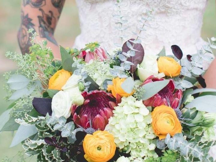 Tmx 1515439430 1d2e1bb6d01dc6b9 1515439429 2f493b4b290e890c 1515439433065 27 14900480 10154176 Marietta wedding florist