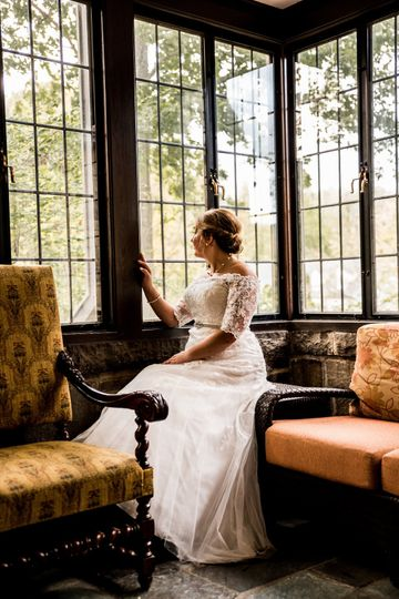 Beautiful bride Reshon Photography