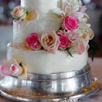 Cake with rose decoration