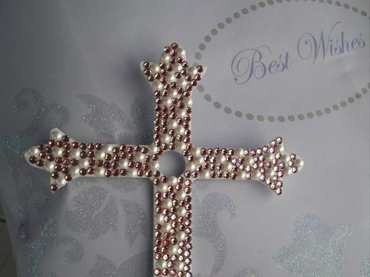 Tmx 1257378245629 Whiteacrylicltrosewhitepearl Carson wedding cake