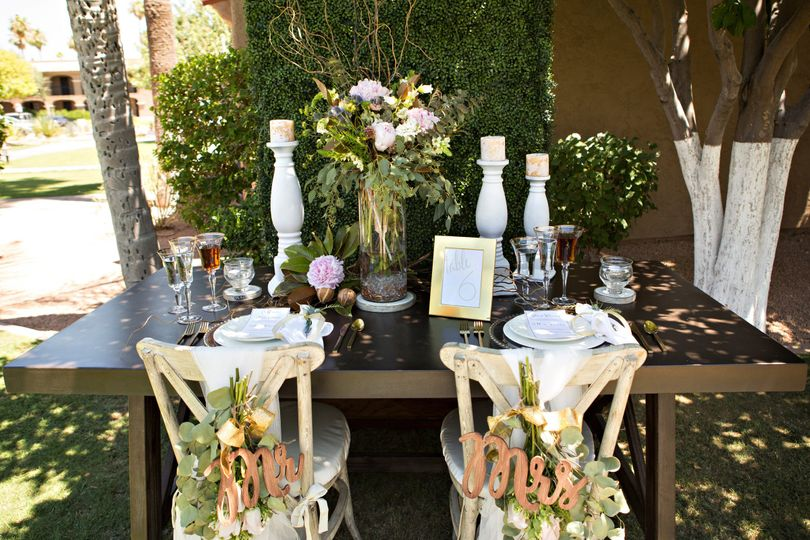 We create stunning tablescapes