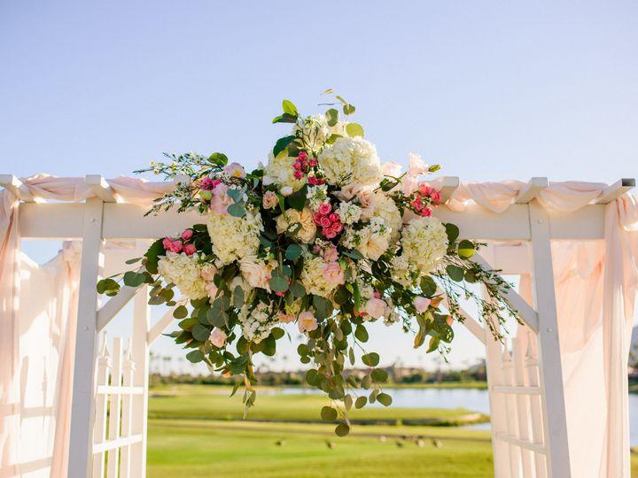 Tmx 1518654546 0b09f1fed78275f5 1518654543 Cc1713ad61e91af2 1518654542076 15 Kiagrl2 Phoenix, AZ wedding florist