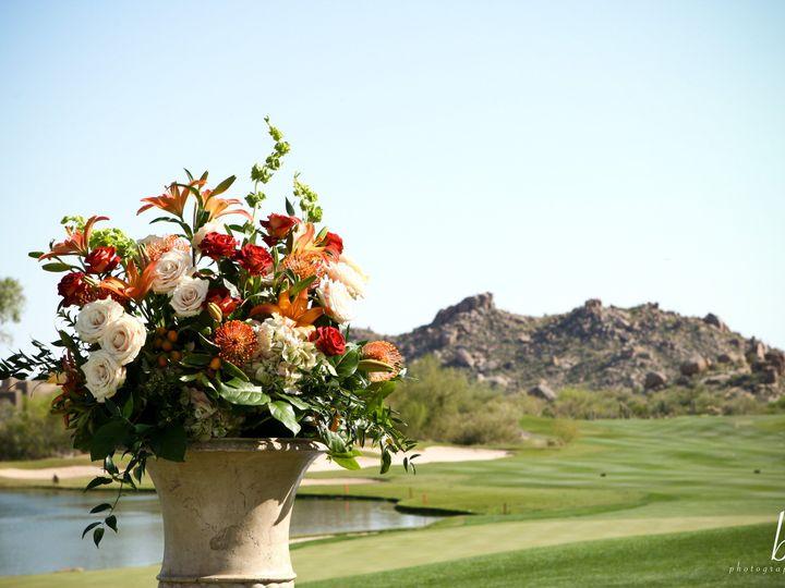 Tmx 1518736660 Aaf176340f1e427c 1518736657 89005985f2886bac 1518736653632 4 BEL 040508 02 0272 Phoenix, AZ wedding florist