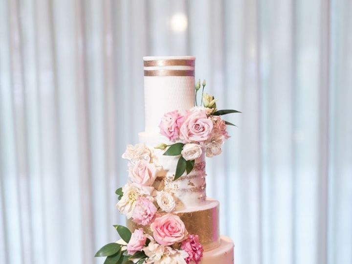 Tmx 81397720 2445527035573845 6297095386548928512 O 51 12246 158129037550236 Phoenix, AZ wedding florist