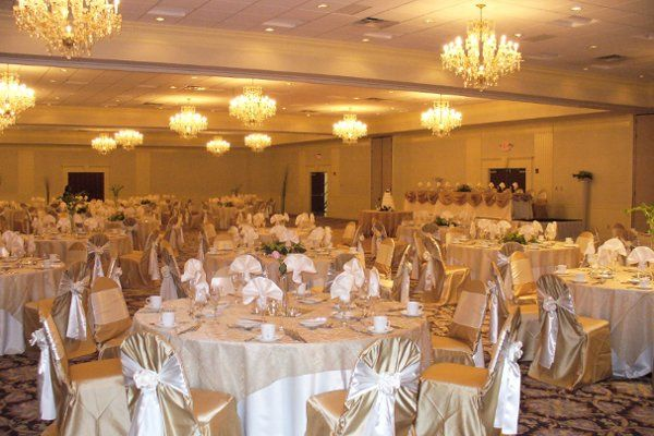 10,000 Square feet of Banquet Space