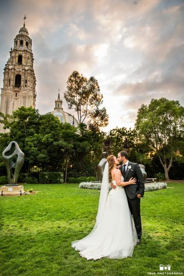 The san diego museum of art venue san diego ca weddingwire 800x800 1486683664063 0077ruthielarrypf1 junglespirit Image collections