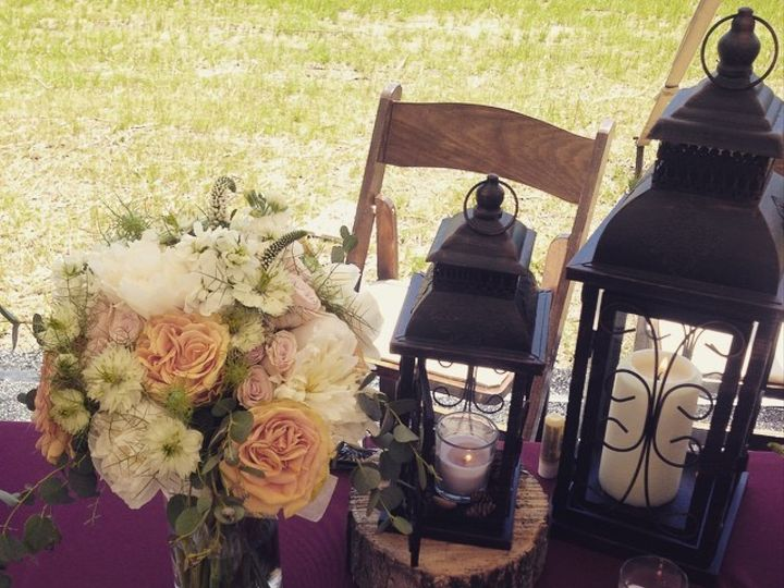 Tmx 1437354001300 11427217102058622438089923131859393550664430n Port Ewen, NY wedding florist