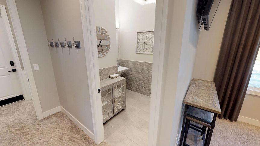 Groom lounge restroom