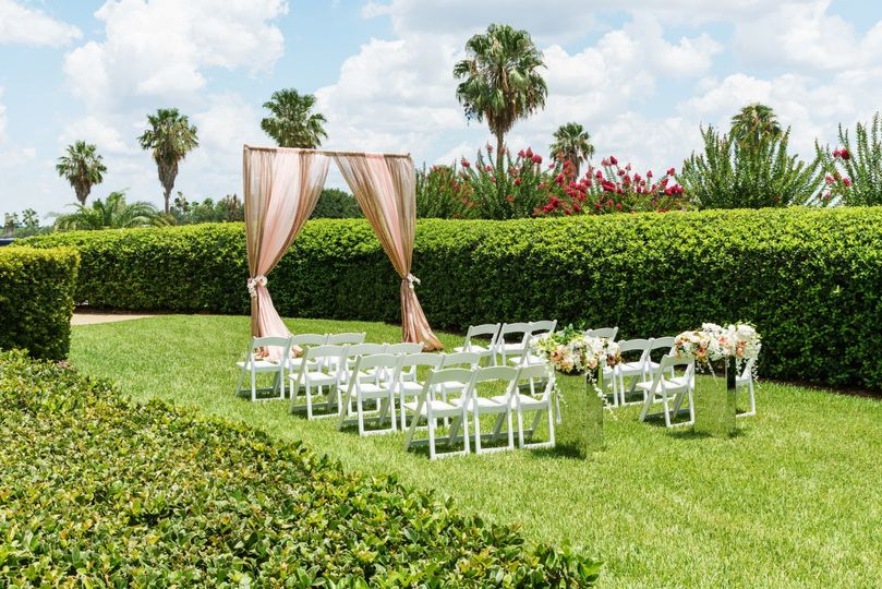 Grand Lawn Wedding Ceremony