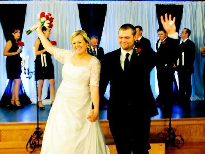Tmx 1380119237400 Lauras Wedding Springville wedding florist