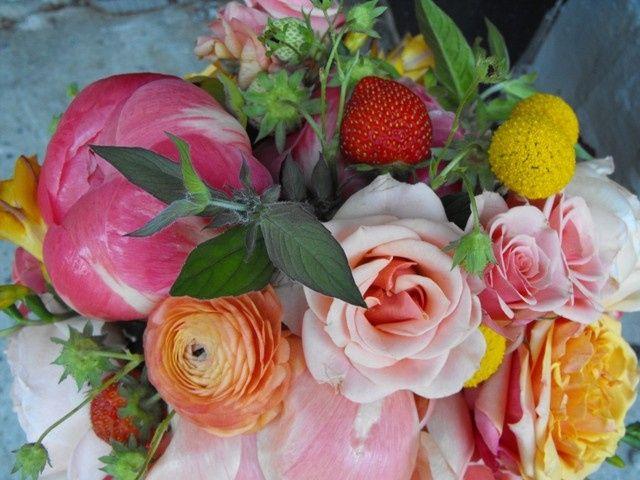 Tmx 1395854316788 Strawberry Bouquet Top Vie Kingston, New York wedding florist