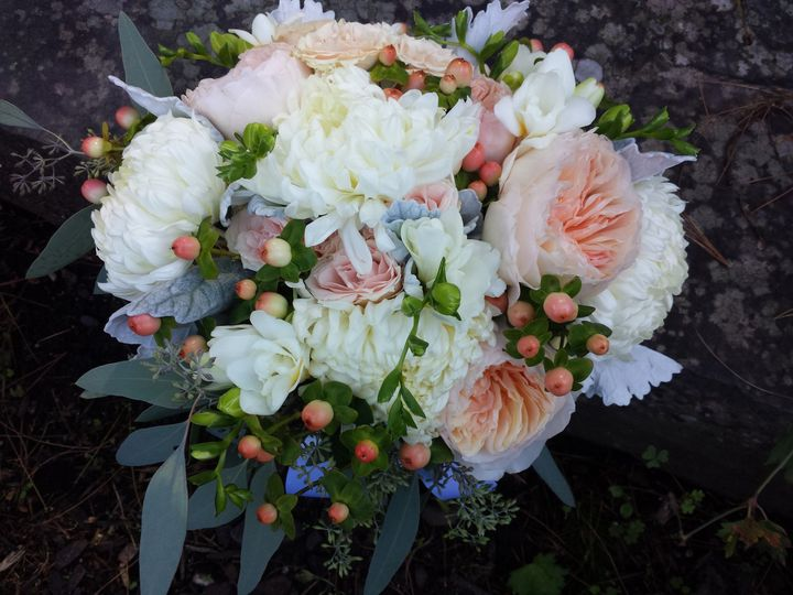 Tmx 1470683775647 20150919115512 Kingston, New York wedding florist
