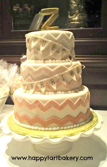 800x800 1391456200261 ombre chevrons wedding cak
