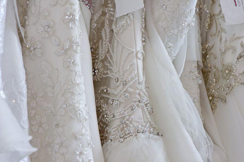 L&H Bridal Rack