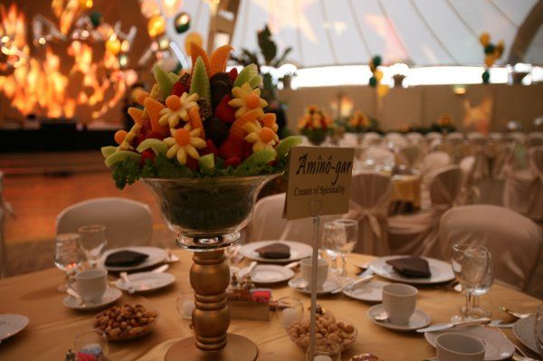 Yes, we do customize our centerpieces to suite your desire! Please call us to make an appointment.