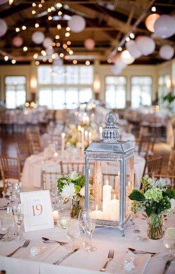Wedding lamp centerpiece