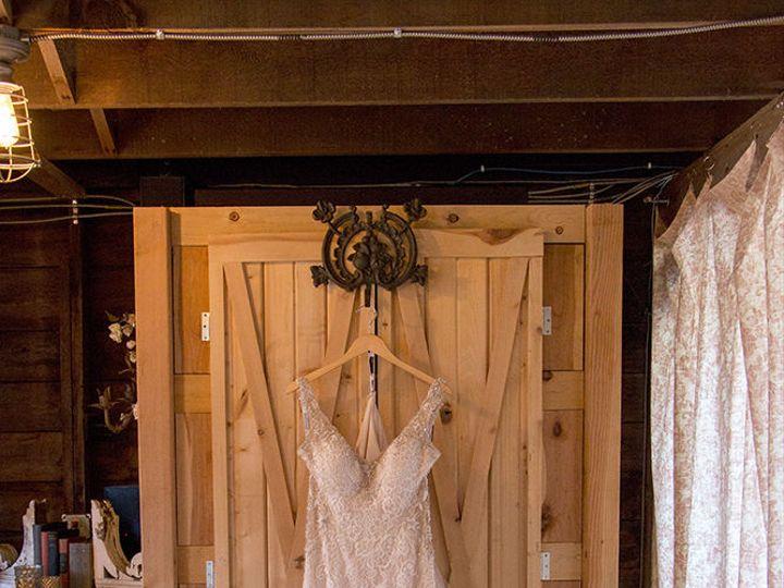 Tmx 1518024950 60f72f88ae5d555c 1518024912 975cb83657a89b70 1518024881284 40 IMG 4986aa Spirit Lake, IA wedding venue