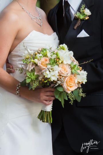 Peaches andCream bouquet
