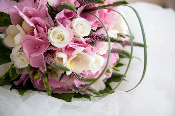 Since we are right next to the flower mart, we can bring you great quality at a good price.