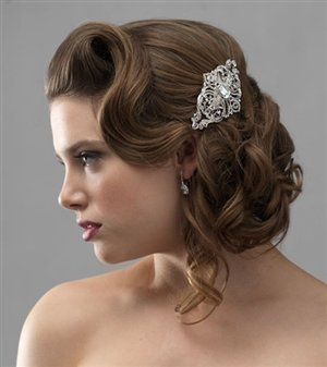 Vintage hair with accessory