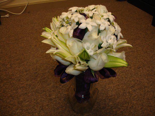 roses, stephonotis, casablanca lilies