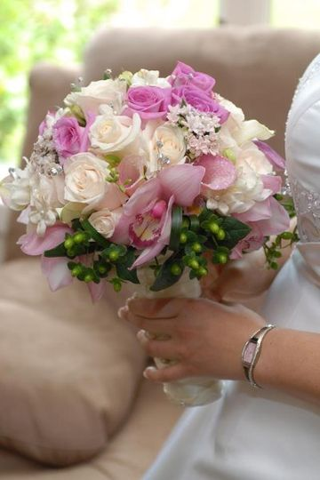 Chantal& Milo pictures were taken by Mike Ibrahim from Star Photography  this bouquet will known...
