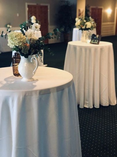 Sophisticated cocktail reception