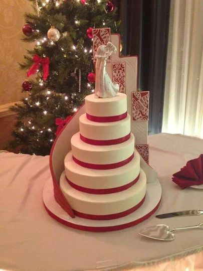Cake with red band