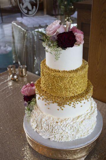 Chrusciki Bakery Wedding Cake Lancaster Ny Weddingwire