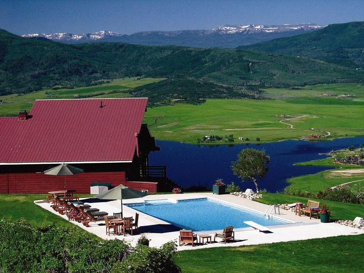 Lodge, Pool and views.