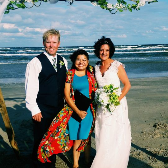The Love Officiant- Renee Reyes