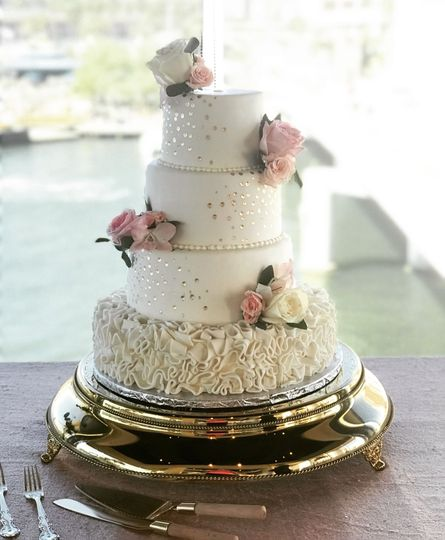 Gold glitter and ruffles weddi