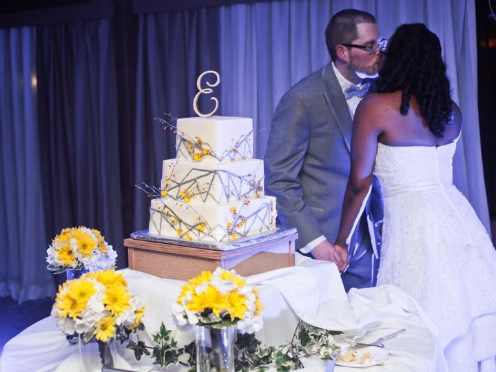 Tmx 1440993857832 1 499 Tampa, FL wedding cake