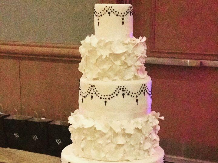 Tmx 1527212728 436c25f79dbb9a6b 1527212725 D1293e299e952536 1527212711525 12 Ruffleweddimgcake Tampa, FL wedding cake