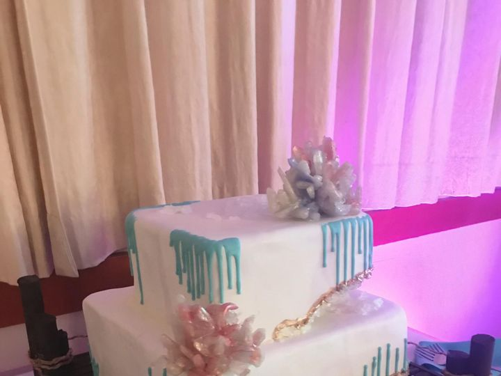 Tmx Geodeweddingcake 51 166546 1556764719 Tampa, FL wedding cake