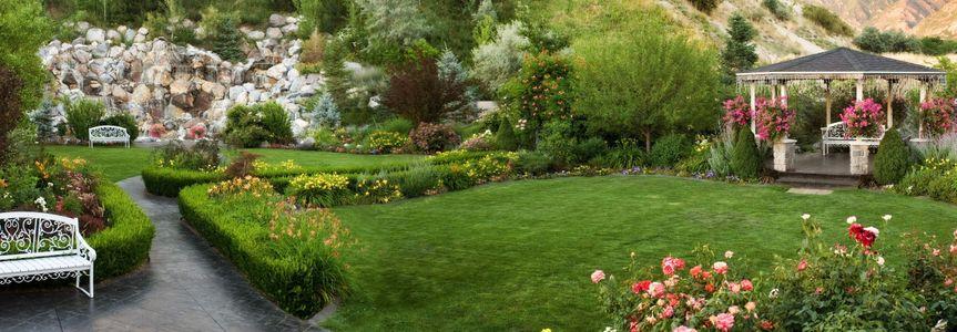 Millenial Falls garden
