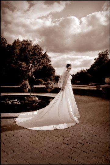 bride at botanical gardens enviromental portrait