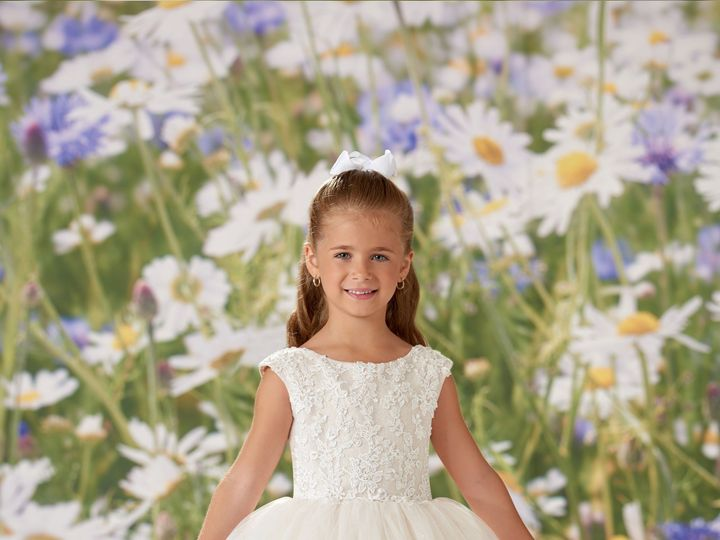 Tmx Joan Calabrese Flower Girl 51 130646 158093191666946 Lansdale, PA wedding dress