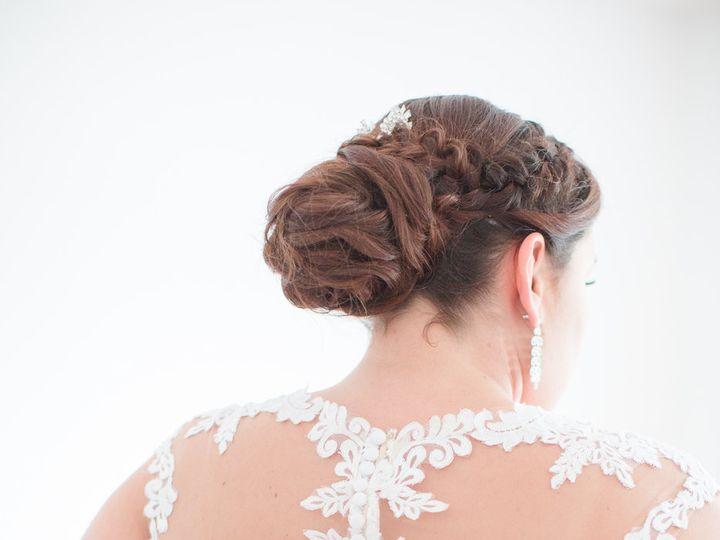 Tmx Yvonne Nick Getting Ready 0648 51 989646 Brooklyn, NY wedding beauty