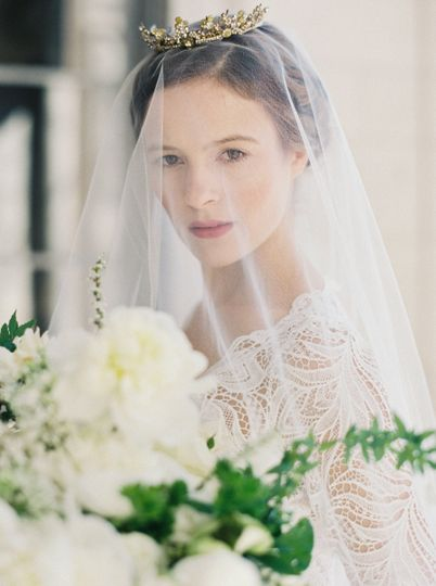 The bride in her veil