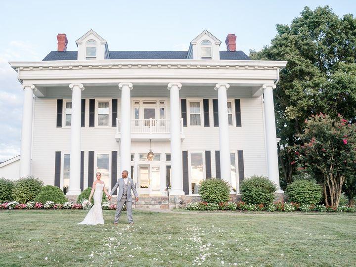 Tmx Caroline Greg 3 2 51 3746 1566933703 Bristow, VA wedding venue