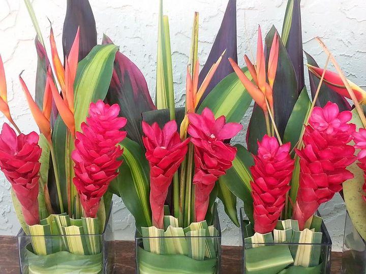 floral arrangements 51 404746 161709619834009