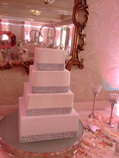 4-tier rectangular wedding cake