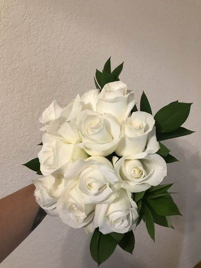 Classic small rose bouquet