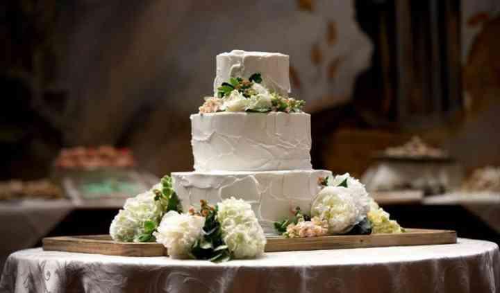 Barton's Flowers and Bake Shop, LLC