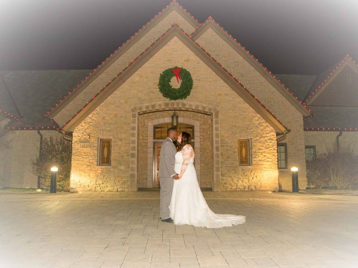 Tmx 17159106 1347319788649870 83496400561069716 O 51 501846 160650322338087 Kenosha, WI wedding venue
