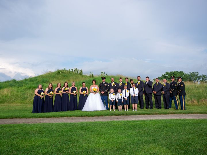 Tmx Group Shot 51 501846 161125886031395 Kenosha, WI wedding venue