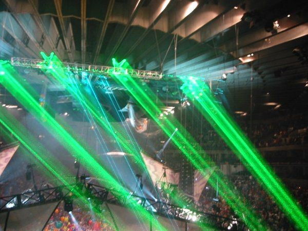 CUSTOM LASER EFFECTS FOR LARGE VENUE LOCATIONS WORLDWIDE.