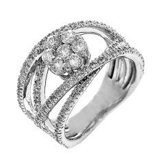 Diamond floral fashion ring in 14k white gold 1.26tw   This elegant and fashionable diamond ring...
