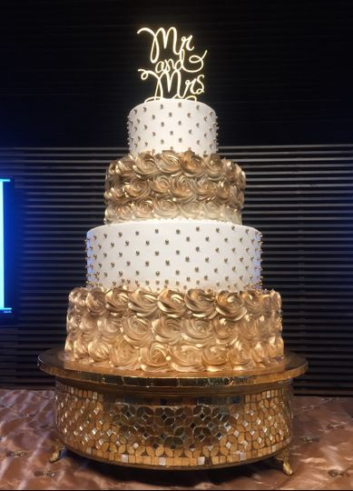 All Things Cake Wedding Cake Tulsa OK WeddingWire